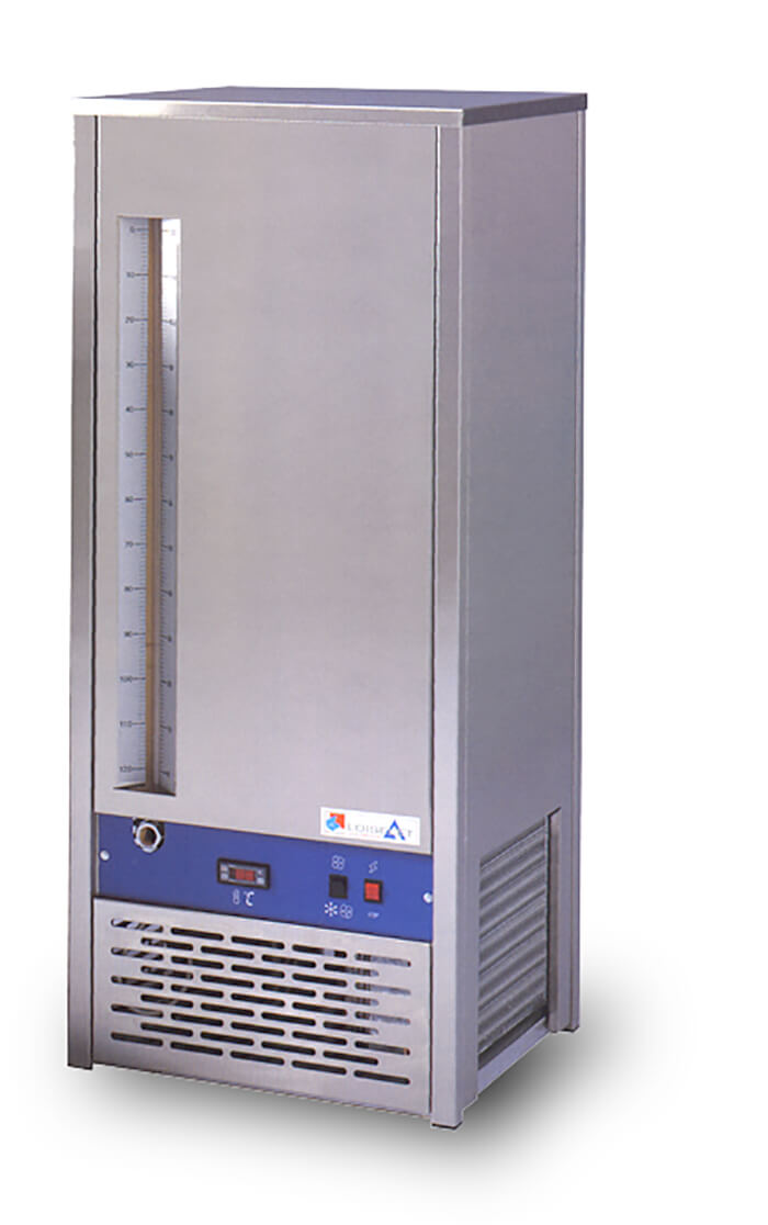 Water cooler with water storage L